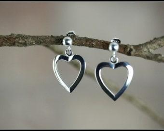 Silver heart earrings, Sterling silver heart earrings, heart dangle earrings, Dangle earrings, Romantic heart earrings, Simple romantic gift
