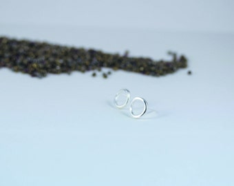 Silver Circle Earrings, Sterling Silver Circle Studs, Silver circle stud earrings, minimalist silver earrings, open circle stud earrings,
