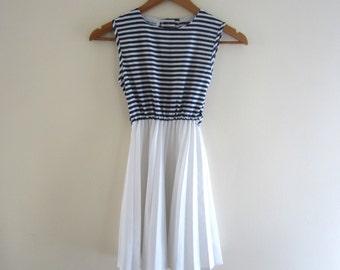 Vintage Nautical Girls Dress - Size 7