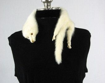 Vintage 1940s white ermine collar wrap
