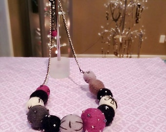 Needle Felted Bead Necklace, Felted Jewelry, Felted Necklace