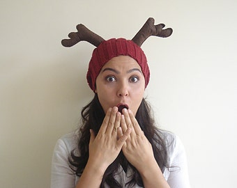 CHRISTMAS, HOLIDAY GIFT, Deer Hat, Burgundy Hat, Cherry, Slouchy Hat, Special Gift, Xmas Gift, Gift For Her, Gift For Him, Antler, Fun, Wool