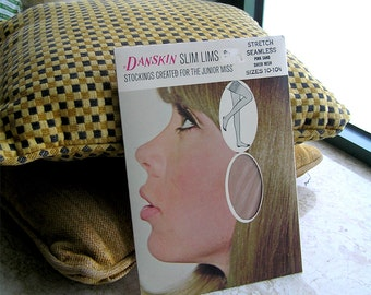 Pink Sand Seamless Stockings, Danskin, Vintage Seamless Nylon Stockings, Junior Miss, Size 10-10 1/2