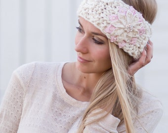 Winter Light Pink Snowflake - Knitted Headband in CREAM with Light Pink Flower, Cozy Ear Warmer, Women's Fashion Accessory, Gift For Her