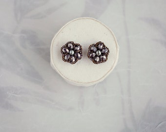 GUNMETAL CRYSTAL metallic earrings / simple everyday earrings / small studs / fashion jewelry gift for her