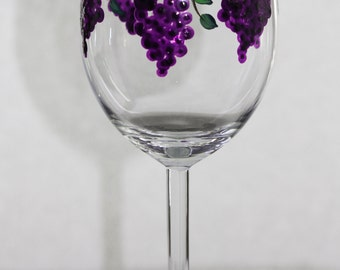 Hand Painted Wine Glasses grapes