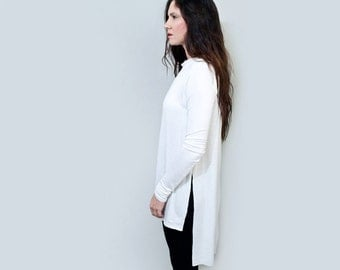 Boatneck Minimalist Shirt • Long Sleeves • RAW EDGE • Square Hem • Loose Top • Women's Clothing • (No. 217)