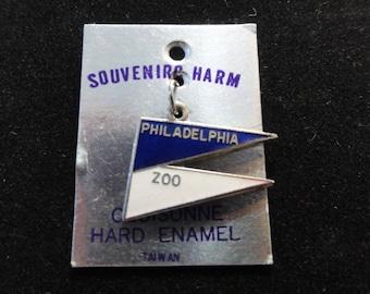 Vintage Philadelphia Zoo Pennant Blue & White Enamel Cloisonne Silver Plate Charm on Original Card