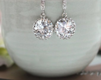 One (1) Pair Bridal Wedding Earrings. Round Cubic Zirconia White Crystal Sparkle Earrings. Maid of Honor.  Bridesmaid Gift. Wedding Jewelry.