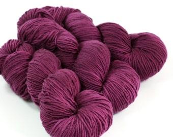 ONE dk yarn, single ply, SABRINA