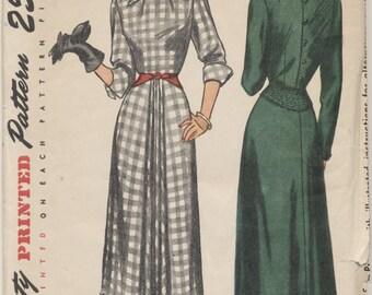 FACTORY FOLDED Vintage 1948 Simplicity Pattern 2619 One-Piece Dress Size 14 Bust 32