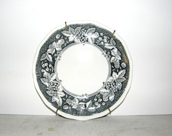 Vintage English Kensington Somerset 7 inch Bread and Butter Plate