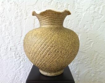 "Vintage Art Pottery, Shawnee Pottery ""Elegance"" Mid-Century Shawnee Vase Planter 1409 USA - Gold Splatter  - American Art Pottery"