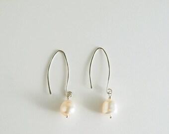 Simple, elegant white freshwater pearl and silver earrings - Nieve Earrings
