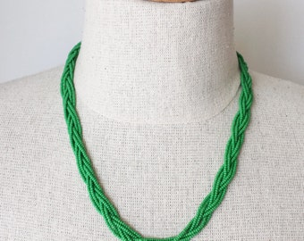Kelly green necklace, beaded necklace, braided necklace, seed bead necklace, green necklace, christmas gift,sacramento state,bridesmaid gift
