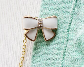 Bow Sweater Clip - White Bow Sweater Guard