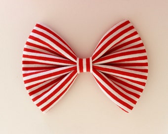 """4.5"""" red and white striped hair bow, red stripe bow, Christmas hair bow, retro bow, hair bow for teens, kids hair bow, patriotic hairbows"""
