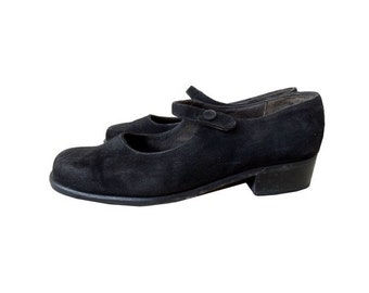 VTG  70s  MARY JANES shoes // Laura Pisani suede mary janes // size eu 38  - us 7 - uk 5