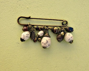 Rustic Brass Scarf Pin with Paper and Brass Beads: Leslie