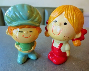 Vintage Boy and Girl, 1970s Figurines, Kitschy, Salt and Pepper, Kawaii, Zakka Figurines, Home Decor, Red Overalls, Boy Figure, Girl Figure
