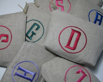 Bridesmaid Gifts /Monogrammed Cosmetic Bag in (Single Initial Circle) Makeup Bag in Luxury Linen