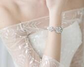 Bridal Bracelet, Cuff Swarovski Bracelet, Swarovski Crystal Pearl Bracelet, Wedding Jewelry