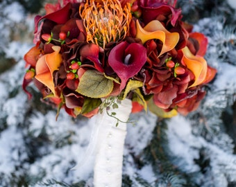 Fall wedding bouquet - Red and orange Autumn wedding bouquet - Silk flowers