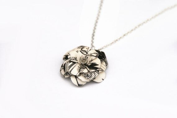 https://www.etsy.com/uk/listing/206096870/manga-flower-necklace-1-inch-flower-made