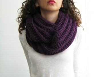 Gift Purple Scarf, Scarf Hand-Knit Wool, Winter Top Knit, Infinity Snood, Knit Fashion Top, Oversized Crochet, Gift Loose Top Oversized Wool