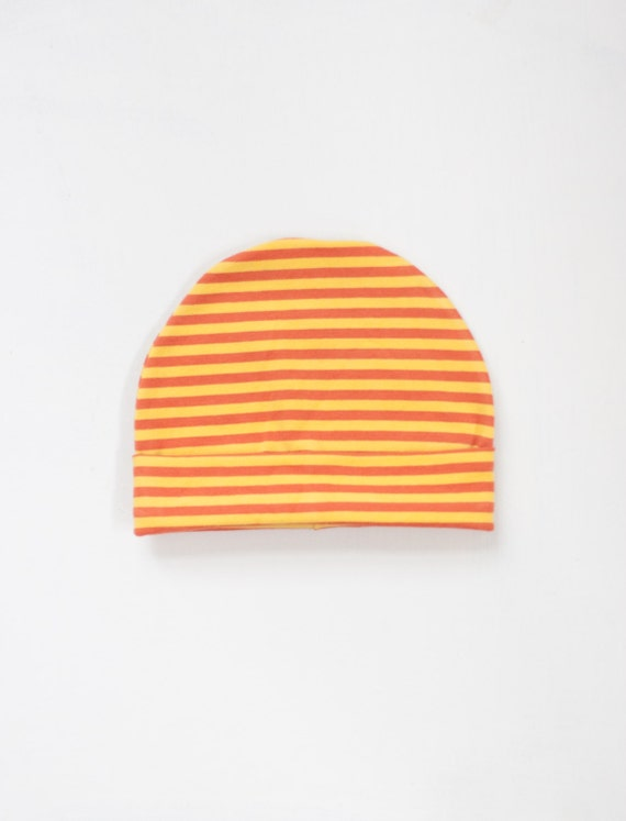 https://www.etsy.com/listing/222587545/organic-baby-hat-sunshine-clementine?ref=shop_home_active_3