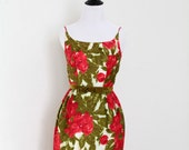 Vintage 1950's 1960's Velvet Green Red Floral Roses Party Cocktail Dress XS / S