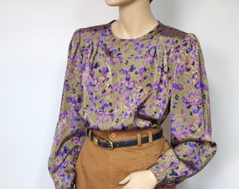 Blouse 1980's Vintage Silky Blouse Olive Green Women's Top Boho Secretary Long Sleeved Blouse Purple Floral Women's Shirt Size 8