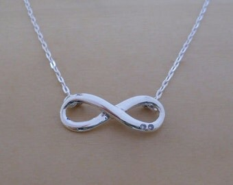 "925 Sterling Silver Infinity Pendant & Adjustable 16, 17"" Chain Necklace"