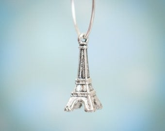 10 Pcs Antique Silver Charm Pendant Eiffel Tower 17mm x 7mm / Z043-10