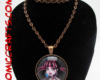 Monster High Draculaura  Pendant With Matching Necklace