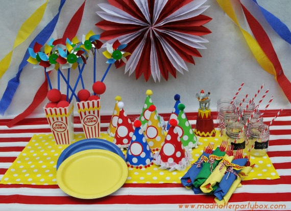 Bring your party table to life with a touch of the carnival with this Carnival Tableware Box. Including table settings decorations and fun party favors to ... & Circus Birthday Party Decorating Kits | Birthday Wikii
