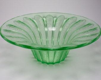 Large Daum Nancy Art Deco acid etched green uranium glass bowl