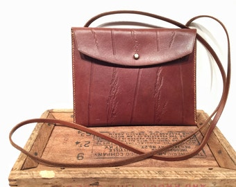Leather Shoulder Bag with Wheat Stalk Pattern in Brown