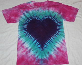Tie Dye Pink / Purple / Aqua Heart T Shirt Size Small