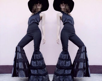 Women's black/white high waisted super flared bell bottom pants - vintage 70s fashion