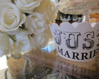 18  Just Married Wedding Cupcake Wrappers