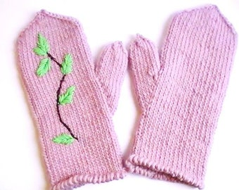 Broad wool mittens with the Swedish