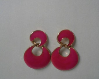 Pink. Vintage Enamel Earrings