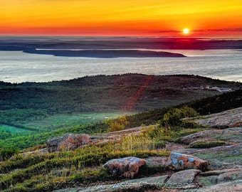Maine Photography – Dawn over Cadillac Mountain and Frenchman Bay in Acadia National Park