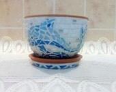 Горшок для домашних цветов, декорирован в технике мозаика