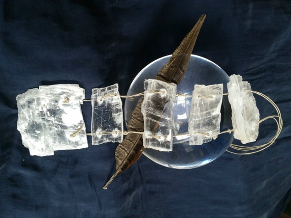 Home Decor with Crystals : Selenite Icicles   Objects of ...  Decorating With Selenite