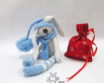 Christmas Hare   - knitting pattern (knitted round)