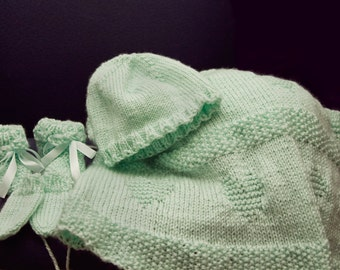 Knitted baby blanket slippers mittens hat baby new born green set
