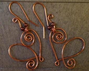 Heart earrings, pierced, in New Copper wire.