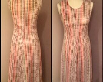 Vintage 1970s women's spotty day dress - handmade - UK size 8-10